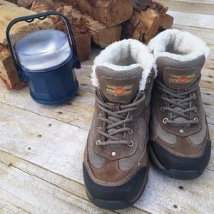 c33d569bae7 Earth Spirit Shoes | Suede Leather Hiking Boots Size 9 | Poshmark